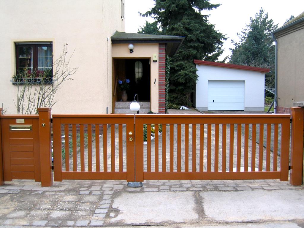 zaun aus hartholz hersteller peters und peters gmbh 3 teichbau garten und landschaftsbau. Black Bedroom Furniture Sets. Home Design Ideas