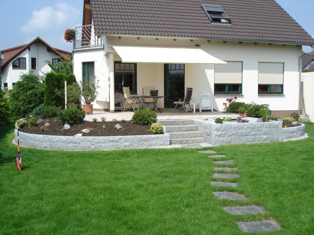 Referenzen Gartenanlagen von Tara Teich und Garten
