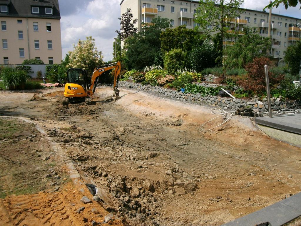 Schwimmteich-Bauablauf-im-Grossraum-Leipzig-1